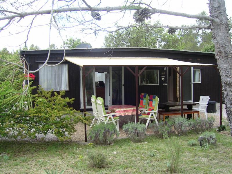 Mobile home op ruime kavel nr. 229
